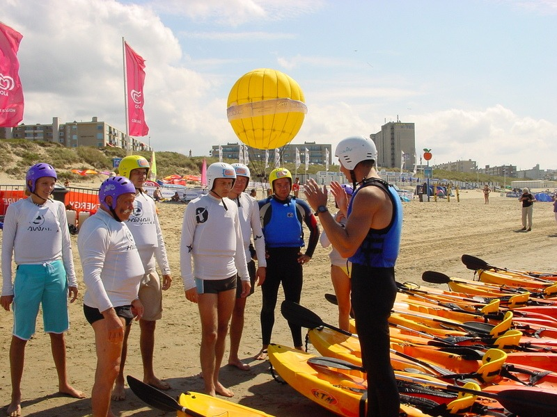 Branding rafting kayaking Scheveningen, viewing dune and corner of Holland