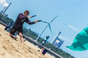 Power kiting The Hague