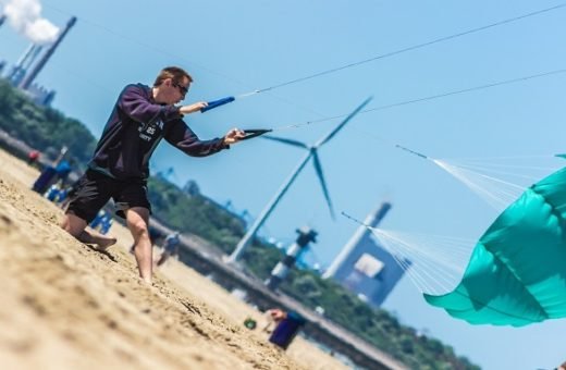 Kite flying / power kit Scheveningen